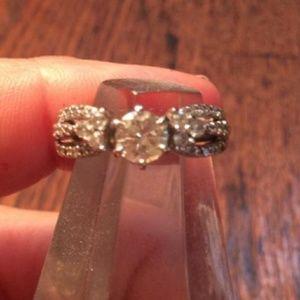 Jewelry - 14K white gold diamond ring/ band